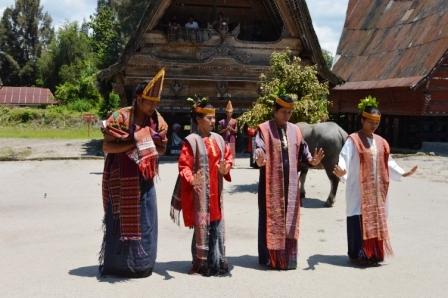 Lake Toba, Tobasee, Batak Tanz
